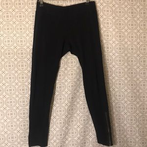 Free People ankle zip leggings- black size Medium